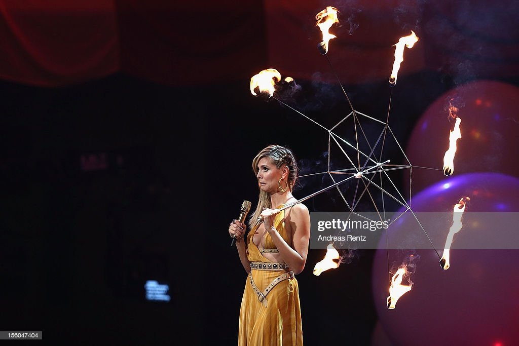 Presenter <a gi-track='captionPersonalityLinkClicked' href=/galleries/search?phrase=Heidi+Klum&family=editorial&specificpeople=178954 ng-click='$event.stopPropagation()'>Heidi Klum</a> onstage during the MTV EMA's 2012 at Festhalle Frankfurt on November 11, 2012 in Frankfurt am Main, Germany.
