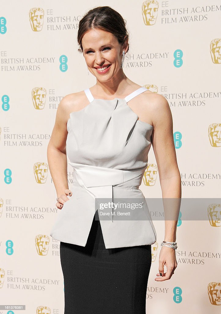 Presenter Jennifer Garner poses in the Press Room at the EE British Academy Film Awards at The Royal Opera House on February 10, 2013 in London, England.