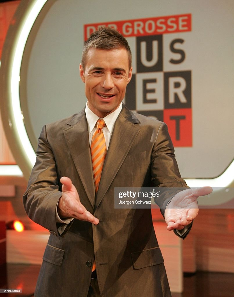 Presenter Kai Pflaume poses after the Sat1 TV show 'Der grosse Haustiertest' May 1 2006 in Cologne Germany