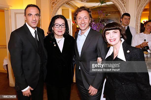 TV Presenter Nikos Aliages singer Nana Mouskouri Stephane Bern and singer Mireille Mathieu attend the 50th Anniversary party of Stephane Bern called...
