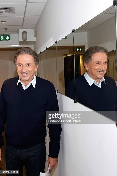Presenter of the Show Michel Drucker attends the 'Vivement Dimanche' French TV Show at Pavillon Gabriel on October 13 2015 in Paris France