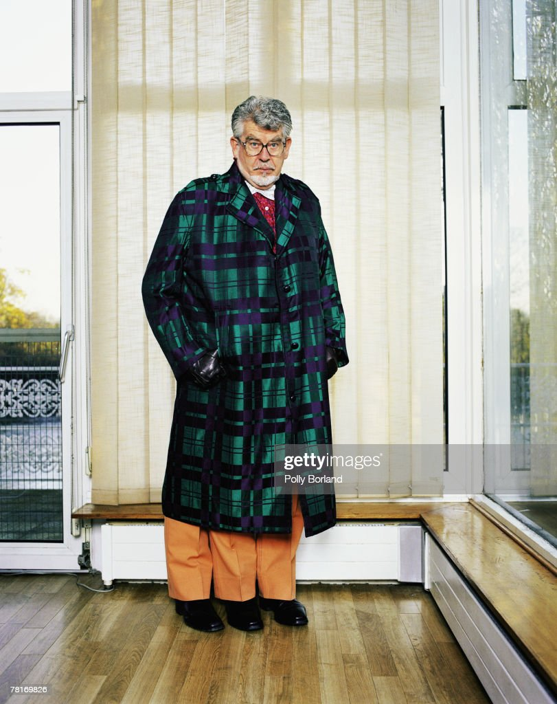 TV presenter <a gi-track='captionPersonalityLinkClicked' href=/galleries/search?phrase=Rolf+Harris&family=editorial&specificpeople=160469 ng-click='$event.stopPropagation()'>Rolf Harris</a> poses for a portrait shoot in London, with a mysterious third leg, 2nd October 2001.