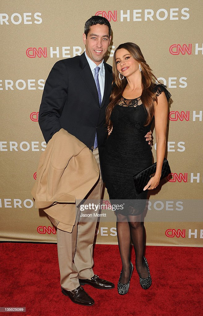 Presenter <a gi-track='captionPersonalityLinkClicked' href=/galleries/search?phrase=Sofia+Vergara&family=editorial&specificpeople=214702 ng-click='$event.stopPropagation()'>Sofia Vergara</a> (R) and Nick Loeb arrive at 2011 CNN Heroes: An All-Star Tribute at The Shrine Auditorium on December 11, 2011 in Los Angeles, California. 21959_008_JM_0934.JPG
