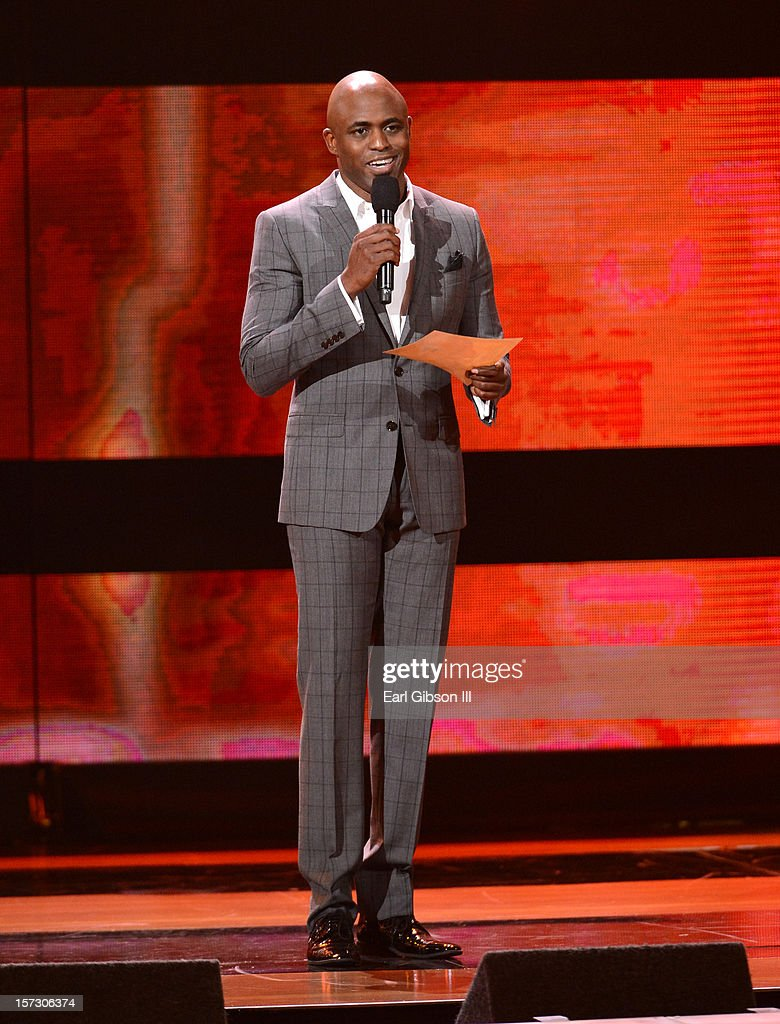 Presenter <a gi-track='captionPersonalityLinkClicked' href=/galleries/search?phrase=Wayne+Brady+-+Actor&family=editorial&specificpeople=217495 ng-click='$event.stopPropagation()'>Wayne Brady</a> speaks onstage during UNCF's 34th annual An Evening Of Stars held at Pasadena Civic Auditorium on December 1, 2012 in Pasadena, California.