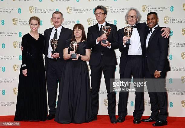 Presenters Alice Eve and John Boyega pose with Pawel Pawlikowski Eric Abraham Piotr Dzieciol and Ewa Puszczynska winners of Best Film not in the...