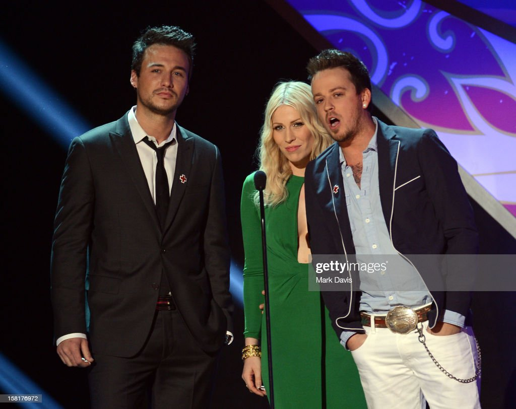 Presenters Eric Gunderson of Love and Theft, Natasha Bedingfield and Stephen Barker Liles of Love and Theft speak onstage during the 2012 American Country Awards at the Mandalay Bay Events Center on December 10, 2012 in Las Vegas, Nevada.