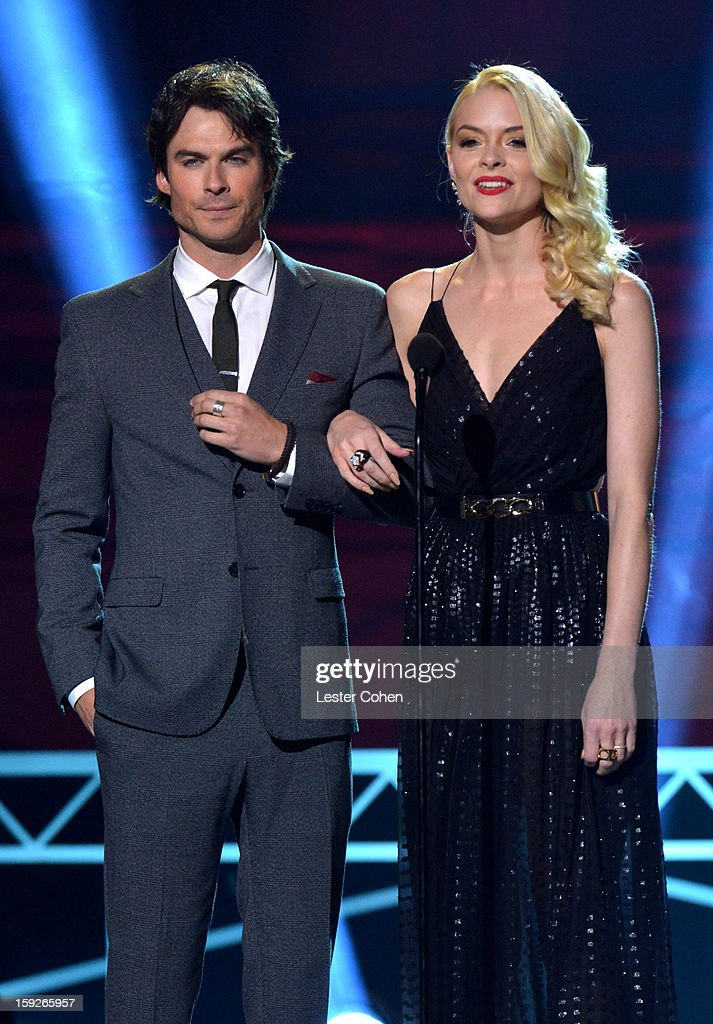 Presenters <a gi-track='captionPersonalityLinkClicked' href=/galleries/search?phrase=Ian+Somerhalder&family=editorial&specificpeople=614226 ng-click='$event.stopPropagation()'>Ian Somerhalder</a> and <a gi-track='captionPersonalityLinkClicked' href=/galleries/search?phrase=Jaime+King+-+Sk%C3%A5despelerska&family=editorial&specificpeople=206809 ng-click='$event.stopPropagation()'>Jaime King</a> speak onstage during the 18th Annual Critics' Choice Movie Awards at The Barker Hanger on January 10, 2013 in Santa Monica, California.