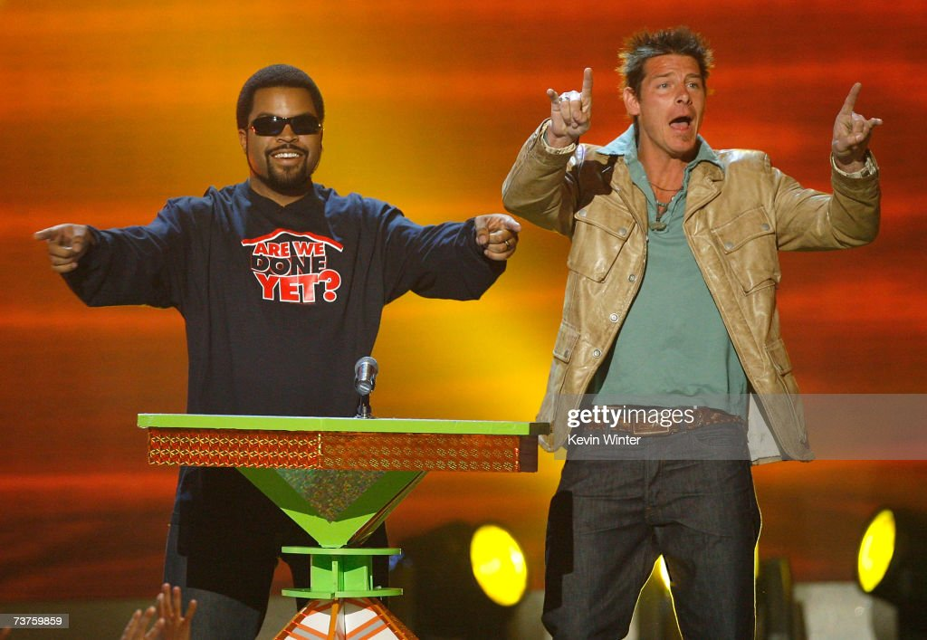 Presenters Ice Cube and Ty Pennington onstage during the 20th Annual Kid's Choice Awards held at the UCLA Pauley Pavilion on March 31 2007 in...