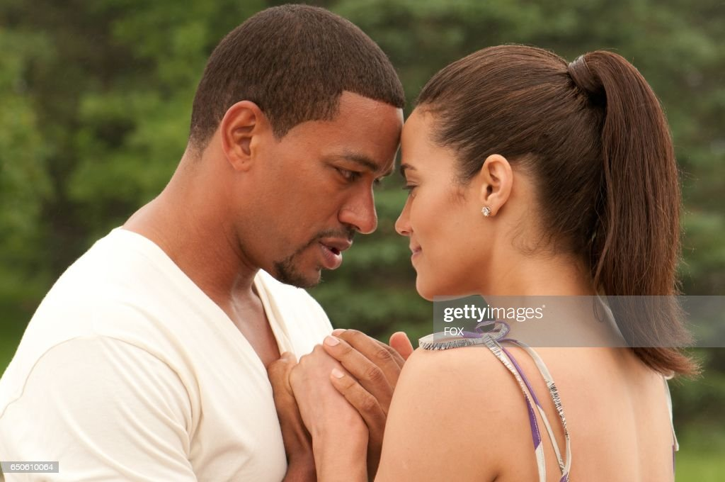 FOX Presents the network premiere of the feature film Jumping The Broom, airing Friday, May 13 (8:00-10:00 PM ET/PT) on FOX. Pictured: Jason (Laz Alonso) and Sabrina (Paula Patton).
