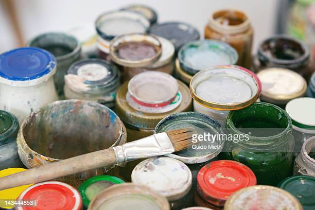 Preserving jars with oilpaint