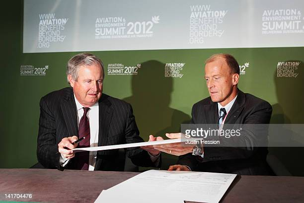 President and CEO of Boeing Jim Albaugh and President and CEO of Airbus Tom Enders sign up to the Aviation Industry declaration on sustainable...