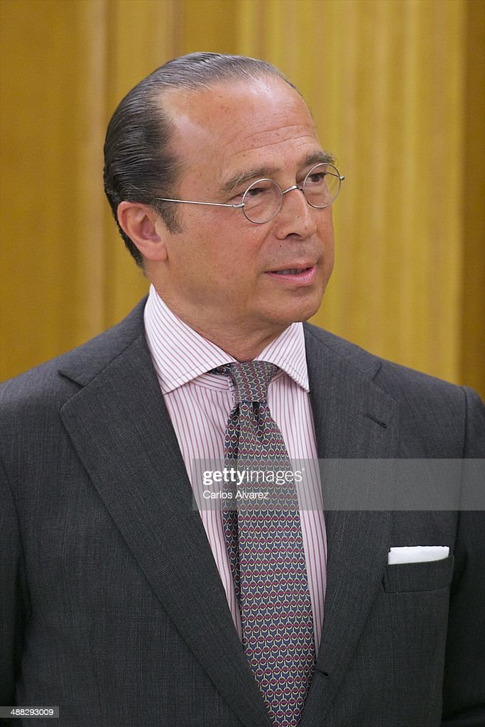 President <b>Antonio Vazquez</b> waits for audience with King Juan Carlos of Spain ... - president-antonio-vazquez-waits-for-audience-with-king-juan-carlos-of-picture-id488293009