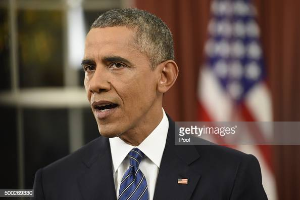 ... S President Barack Obama addresses the country from the Oval Office on ... - president-barack-obama-addresses-the-country-from-the-oval-office-on-picture-id500269330?s=594x594
