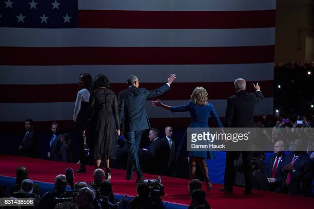 S President Barack Obama along with first lady Michelle Obama daughter Malia Obama Vice President Joe Biden and his wife Dr Jill Biden wave goodbye...