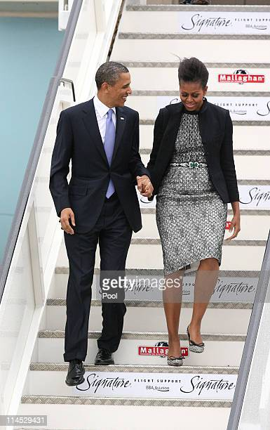 S President Barack Obama and first lady Michelle Obama arrive at the Dublin Airport May 23 2011 in Dublin Ireland Obama is visiting Ireland for one...