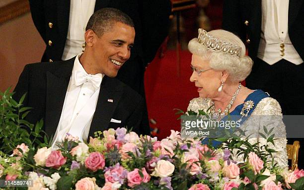 S President Barack Obama and Queen Elizabeth II during a State Banquet in Buckingham Palace on May 24 2011 in London England The 44th President of...