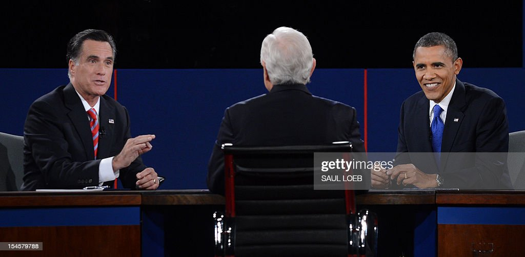 US President Barack Obama and Republican Presidential candidate Mitt Romney participate in the third and final presidential debate, moderated by Bob Schieffer (C) of CBS, at Lynn University in Boca Raton, Florida, October 22, 2012. The showdown focusing on foreign policy is being held in the crucial toss-up state of Florida just 15 days before the election and promises to be among the most watched 90 minutes of the entire 2012 campaign. AFP PHOTO / Saul LOEB