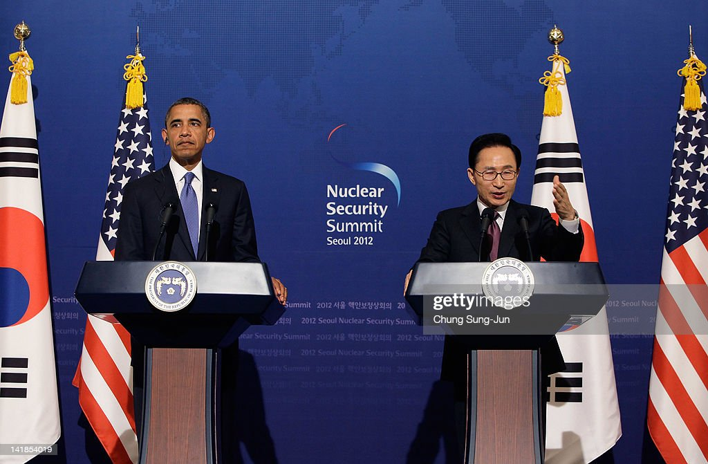 U.S. President Barack Obama (L) and South Korean President Lee Myung-Bak attend during a joint press conference at the presidential house on March 25, 2012 in Seoul, South Korea. World leaders are gathering in Seoul to discuss the threat of nuclear terrorism, the recurrence nuclear power plant meltdown and to minimize nuclear material across the world. .