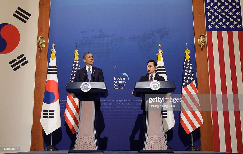 U.S. President <a gi-track='captionPersonalityLinkClicked' href=/galleries/search?phrase=Barack+Obama&family=editorial&specificpeople=203260 ng-click='$event.stopPropagation()'>Barack Obama</a> (L) and South Korean President <a gi-track='captionPersonalityLinkClicked' href=/galleries/search?phrase=Lee+Myung-Bak&family=editorial&specificpeople=704274 ng-click='$event.stopPropagation()'>Lee Myung-Bak</a> attend during a joint press conference at the presidential house on March 25, 2012 in Seoul, South Korea. World leaders are gathering in Seoul to discuss the threat of nuclear terrorism, the recurrence nuclear power plant meltdown and to minimize nuclear material across the world.