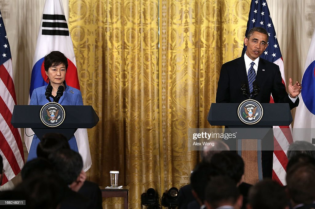 U.S. President <a gi-track='captionPersonalityLinkClicked' href=/galleries/search?phrase=Barack+Obama&family=editorial&specificpeople=203260 ng-click='$event.stopPropagation()'>Barack Obama</a> (R) and South Korean President <a gi-track='captionPersonalityLinkClicked' href=/galleries/search?phrase=Park+Geun-hye&family=editorial&specificpeople=603075 ng-click='$event.stopPropagation()'>Park Geun-hye</a> (L) participate in a news conference at the East Room of the White House May 7, 2013 in Washington, DC. President Park, South Korea's first female president, is on a visit in Washington and will address Congress tomorrow.