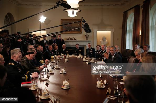 S President Barack Obama and Vice President Joe Biden meet with Combatant Commanders and members of the Joint Chiefs of Staff in the Cabinet Room of...