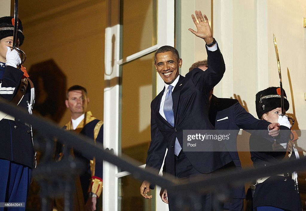 U.S. President <a gi-track='captionPersonalityLinkClicked' href=/galleries/search?phrase=Barack+Obama&family=editorial&specificpeople=203260 ng-click='$event.stopPropagation()'>Barack Obama</a> arrives at Huis ten Bosch for a dinner for delagates gathering for the Nuclear Security Summit hosted by King Willem-Alexander and Queen Maxima of the Netherlands on March 24, 2014 in The Hague, Netherlands. The Nuclear Security Summit, held March 24-25, will be attended by world leaders and is aimed at preventing nuclear terrorism.