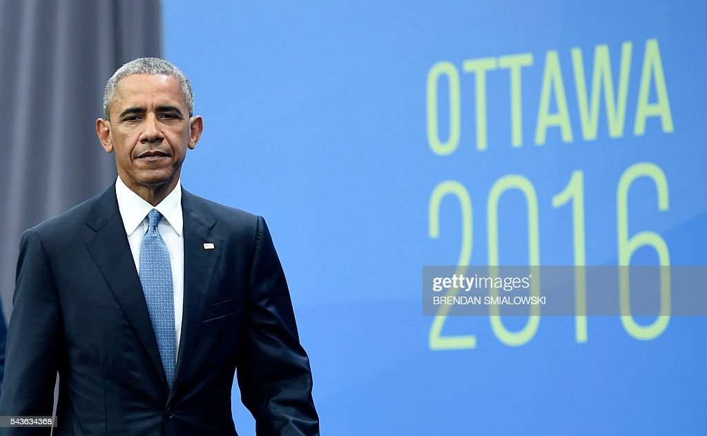 US President Barack Obama arrives for a trilateral press conference at the North American Leaders Summit at the National Gallery of Canada June 29, 2016 in Ottawa, Ontario. / AFP / Brendan Smialowski