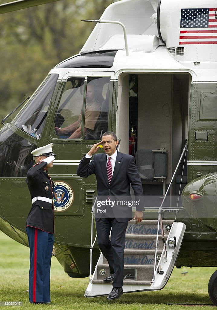 US President Barack Obama arrives from Marine One on the South Lawn of the White House on April 19 2009 in Washington DC Obama attended the Fifth...