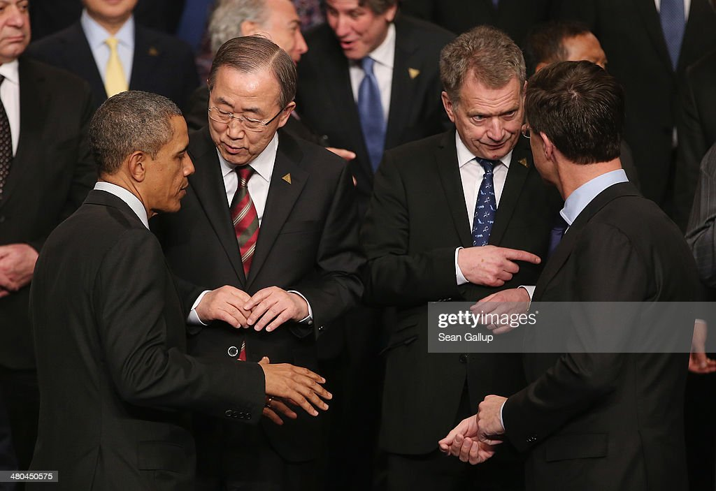 U.S. President <a gi-track='captionPersonalityLinkClicked' href=/galleries/search?phrase=Barack+Obama&family=editorial&specificpeople=203260 ng-click='$event.stopPropagation()'>Barack Obama</a> (L) chats with U.N. Secretary General Ban Ki-moon as Dutch Prime Minister <a gi-track='captionPersonalityLinkClicked' href=/galleries/search?phrase=Mark+Rutte&family=editorial&specificpeople=4509362 ng-click='$event.stopPropagation()'>Mark Rutte</a> (R) chats with Finnish President Sauli Niinisto following the group photo at the 2014 Nuclear Security Summit on March 25, 2014 in The Hague, Netherlands. Leaders from around the world have come to discuss matters related to international nuclear security, though the summit is overshadowed by recent events in Ukraine.