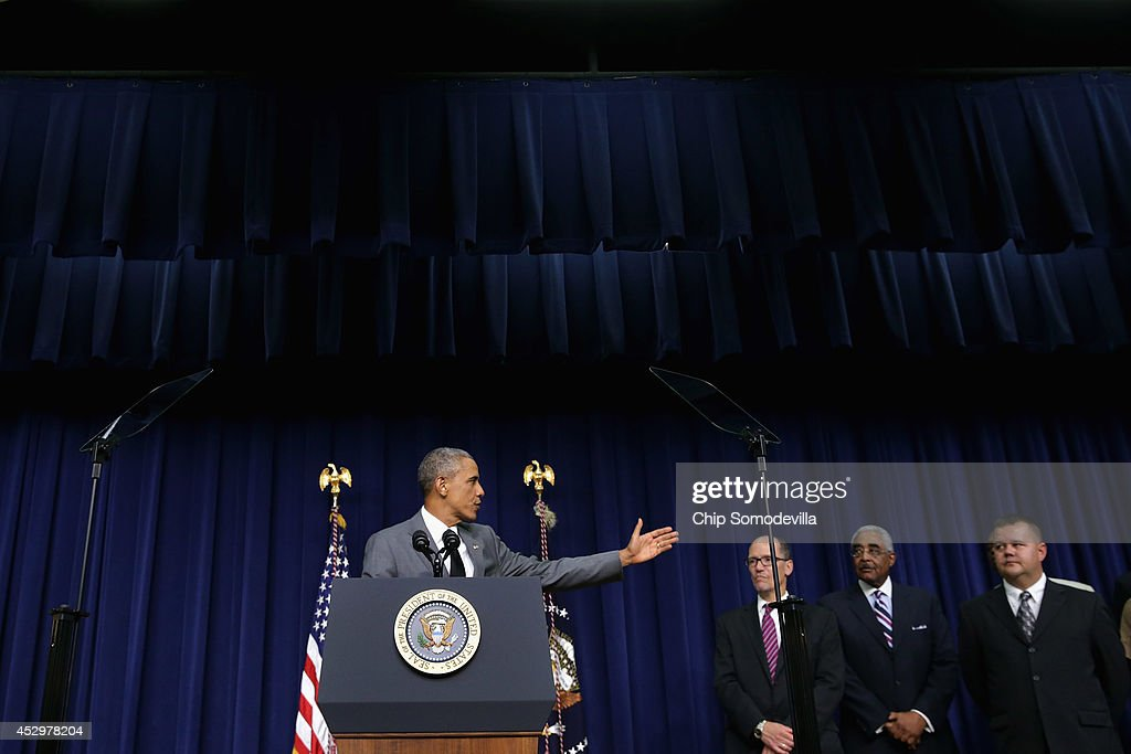 U.S. President <a gi-track='captionPersonalityLinkClicked' href=/galleries/search?phrase=Barack+Obama&family=editorial&specificpeople=203260 ng-click='$event.stopPropagation()'>Barack Obama</a> delivers remarks before signing an executive order that requires government contractors to make public previous labor law violations and give their workers more rights to address disputes in the Eisenhower Executive Office Building July 31, 2014 in Washington, DC. Obama signed the labor order a day after House Republicans voted to go forward with a lawsuit against the president in an attempt to stop him from acting on his own with executive orders.