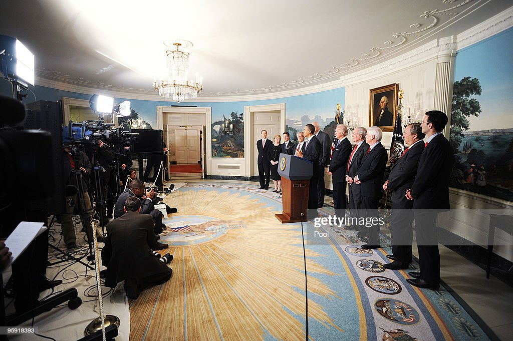 President <a gi-track='captionPersonalityLinkClicked' href=/galleries/search?phrase=Barack+Obama&family=editorial&specificpeople=203260 ng-click='$event.stopPropagation()'>Barack Obama</a> (C) delivers remarks on financial reform as (2nd-L-R) Chair of the Council of Economic Advisors <a gi-track='captionPersonalityLinkClicked' href=/galleries/search?phrase=Christina+Romer&family=editorial&specificpeople=5617471 ng-click='$event.stopPropagation()'>Christina Romer</a>, U.S. Treasury Secretary Timothy Geitner, U.S. Rep. Barney Frank (D-MA), former chairman of the U.S. Federal Reserve <a gi-track='captionPersonalityLinkClicked' href=/galleries/search?phrase=Paul+Volcker&family=editorial&specificpeople=206806 ng-click='$event.stopPropagation()'>Paul Volcker</a>, Vice President Joe Biden, former Security and Exchange Commission (SEC) Chair <a gi-track='captionPersonalityLinkClicked' href=/galleries/search?phrase=William+Donaldson&family=editorial&specificpeople=226677 ng-click='$event.stopPropagation()'>William Donaldson</a>, Senate Banking Committee Chairman <a gi-track='captionPersonalityLinkClicked' href=/galleries/search?phrase=Christopher+Dodd+-+Politician&family=editorial&specificpeople=207036 ng-click='$event.stopPropagation()'>Christopher Dodd</a> (D-CT), White House National Economic Council Director Larry Summers and White House Budget Director Peter Orszag look on in the Diplomatic Reception Room on January 21, 2010 in Washington, DC. Obama announced measures to narrow the size and scope of banks and their investment activities.