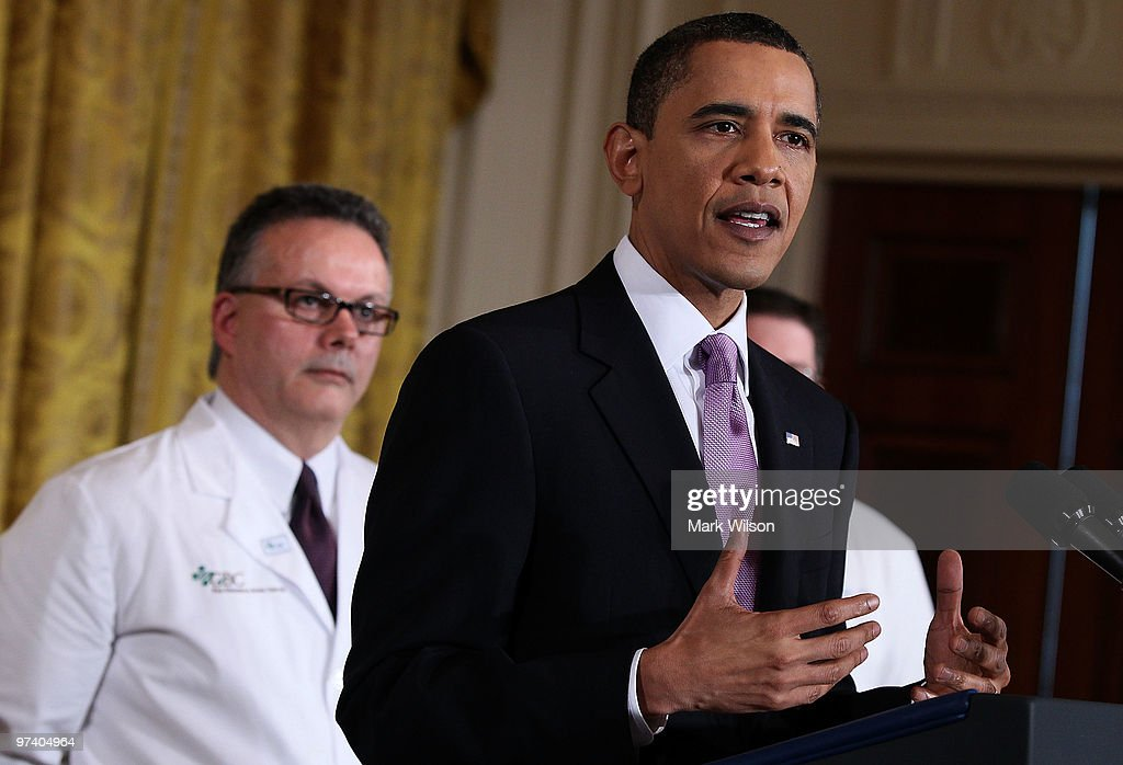 U.S. President <a gi-track='captionPersonalityLinkClicked' href=/galleries/search?phrase=Barack+Obama&family=editorial&specificpeople=203260 ng-click='$event.stopPropagation()'>Barack Obama</a> delivers remarks on health care reform in the East Room at the White House on March 3, 2010 in Washington, DC. President Obama called on law makers to give his health care package that is before Congress an up or down vote.
