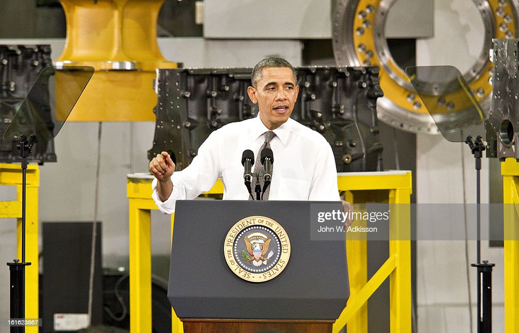 U.S. President <a gi-track='captionPersonalityLinkClicked' href=/galleries/search?phrase=Barack+Obama&family=editorial&specificpeople=203260 ng-click='$event.stopPropagation()'>Barack Obama</a> delivers remarks on the economy at Linamar Corporation on February 13, 2013 in Arden, North Carolina. President Obama delivered the remarks at the North Carolina auto components manufacturing plant following his State of the Union speech on Tuesday.