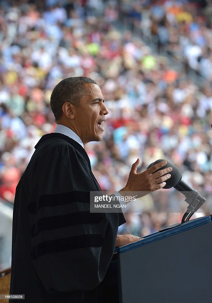 US President Barack Obama delivers the commencement address during a ceremony at Ohio State University on May 5, 2013 in Columbus, Ohio. AFP PHOTO/Mandel NGAN