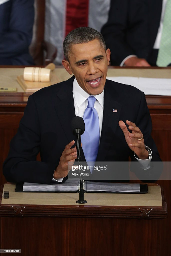 U.S. President Barack Obama delivers the State of the Union address to a joint session of Congress in the House Chamber at the U.S. Capitol on January 28, 2014 in Washington, DC. In his fifth State of the Union address, Obama is expected to emphasize on healthcare, economic fairness and new initiatives designed to stimulate the U.S. economy with bipartisan cooperation.