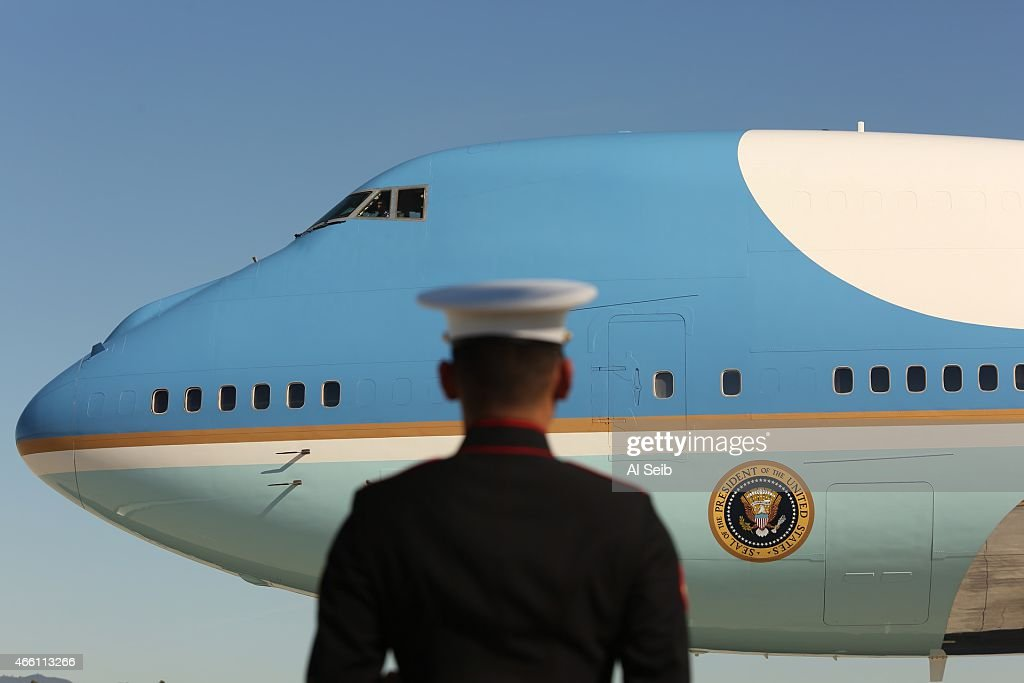 U.S. President Barack Obama departs LAX Friday morning, March 13, 2015 in Los Angeles, California. The President traveled to the Los Angeles area where he taped an appearance on Jimmy Kimmel Live and attended a DNC event.