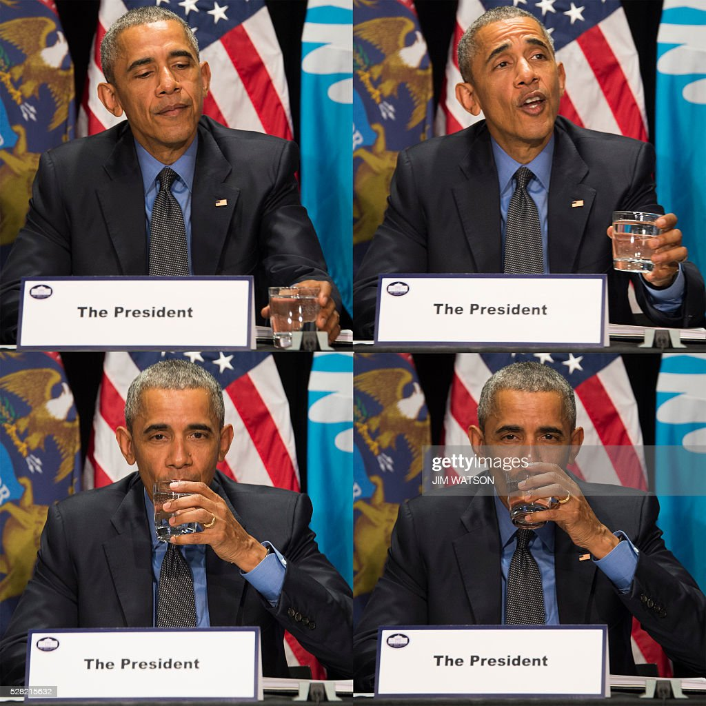 US President Barack Obama drinks filtered water in this combo photo during a meeting at the Food Bank of Eastern Michigan in Flint, Michigan, May 4, 2016. / AFP / Jim Watson