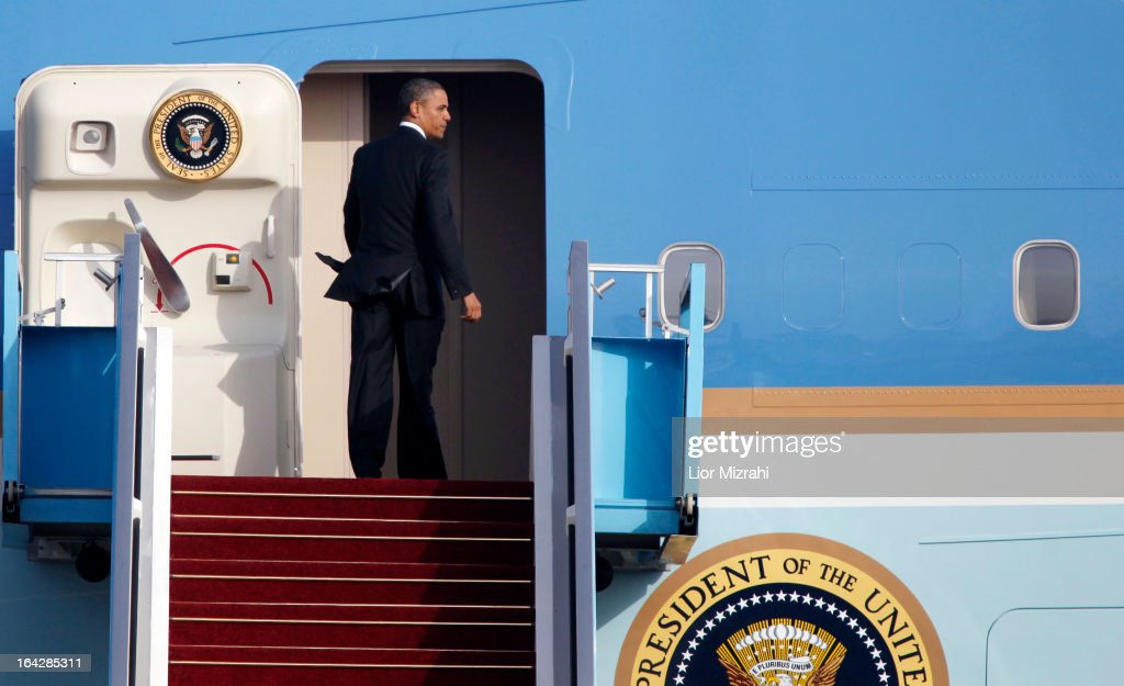 U.S. President Barack Obama enters Air Force One prior to departing from Ben Gurion International Airport on March 22, 2013 in Lod' Israel. Obama concluded his first visit to Israel and West Bank after three-days of meetings with Israeli and Palestinian leaders.