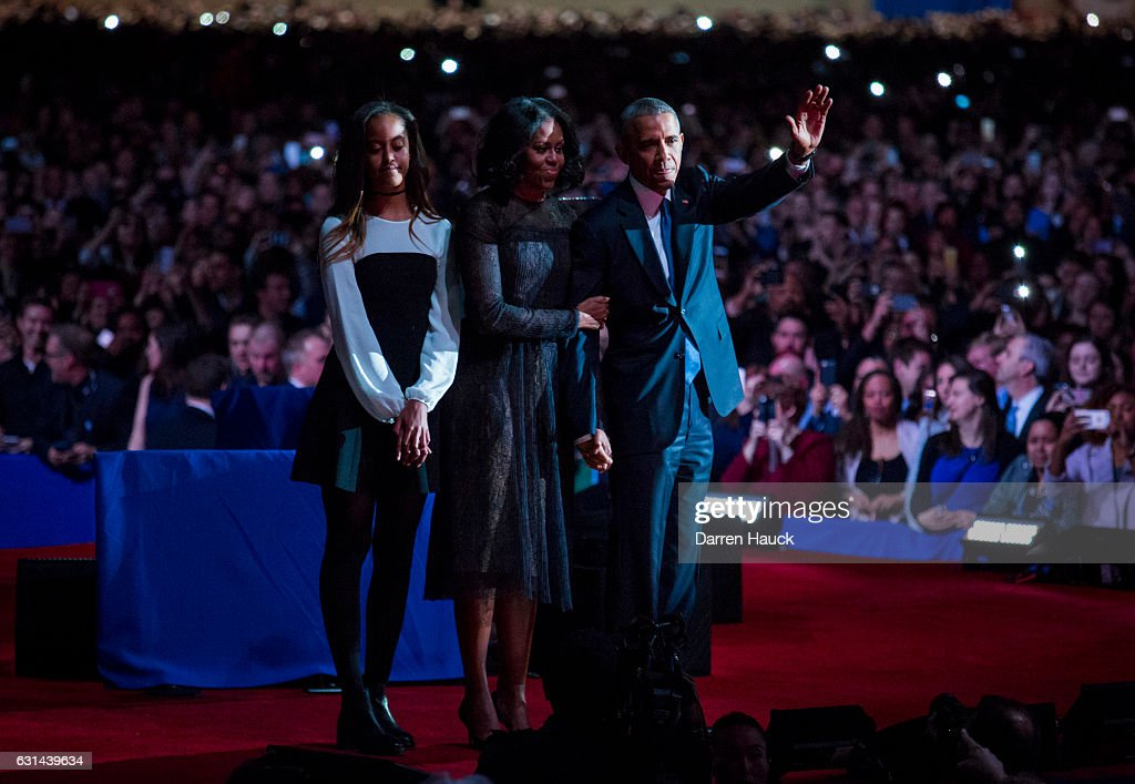 U.S. President Barack Obama, first lady Michelle Obama and daughter Malia Obama wave goodbye to supporters after Obama's farewell address at McCormick Place on January 10, 2017 in Chicago, Illinois. Obama addressed the nation in what is expected to be his last trip outside Washington as president. President-elect Donald Trump will be sworn in as the 45th president on January 20.