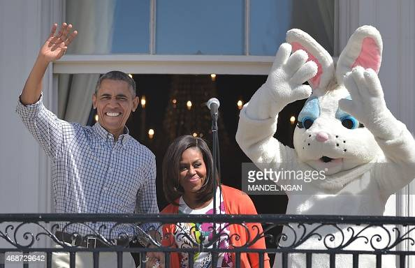US President Barack Obama First Lady Michelle Obama and the 'Easter Bunny' arrive on the balcony for the start for the annual Easter egg roll on the...