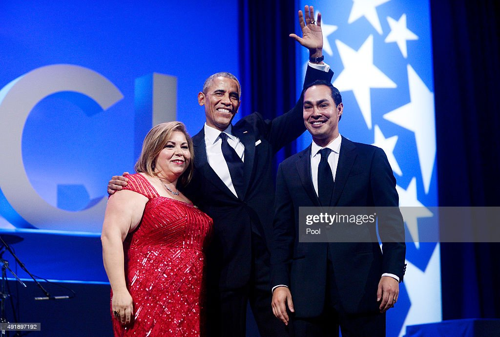 U.S. President <a gi-track='captionPersonalityLinkClicked' href=/galleries/search?phrase=Barack+Obama&family=editorial&specificpeople=203260 ng-click='$event.stopPropagation()'>Barack Obama</a>, flanked by U.S Representative Linda Sanchez (D-CA), chair of the Congressional Hispanic Caucus; and HUD Secretary Julian Castro acknowledges attendees at the Congressional Hispanic Caucus Institute's 38th anniversary awards gala at the Washington Convention Center October 8, 2015 in Washington, DC. The president criticized Republican presidential candidates on immigration reform at the dinner.