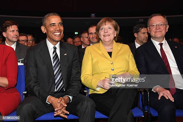 S President Barack Obama German chancellor Angela Merkel and Minister President of Lower Saxony Stephan Weil attend the opening evening of the...