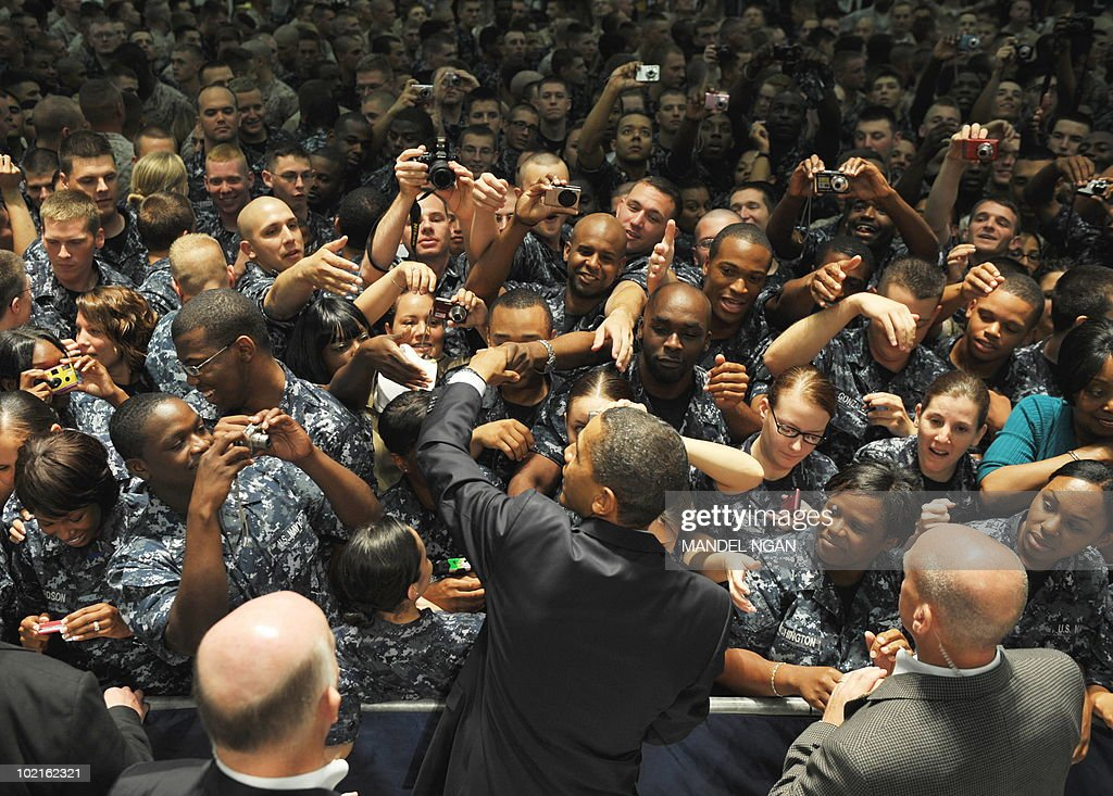 US President Barack Obama greets military personnel at the Naval Air Technical Training Center at Pensacola Naval Air Station June 15, 2010 in Pensacola, Florida. AFP PHOTO/Mandel NGAN