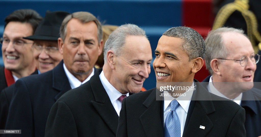 President Barack Obama (2nd R) is seen with Congressional leaders at the beginning of the 57th Presidential Inauguration ceremonial swearing-in at the US Capitol on January 21, 2013 in Washington, DC. (From L-R) House Majority leader Eric Cantor, Senate Majority Leader Harry Reid, House Speaker John Boehner, New York Senator Charles Schumer, and Senator Lamar Alexander. AFP PHOTO/Jewel Samad