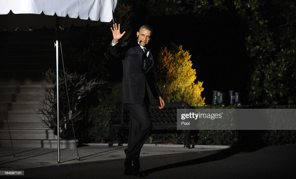 U.S. President <a gi-track='captionPersonalityLinkClicked' href=/galleries/search?phrase=Barack+Obama&family=editorial&specificpeople=203260 ng-click='$event.stopPropagation()'>Barack Obama</a> leaves the residence to board Marine One to depart the White House on March 19, 2013 in Washington, DC. Obama will travel to Tel Aviv, Israel to attend bilaterals.