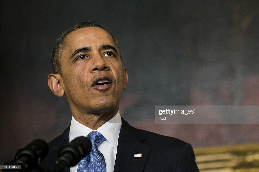 Obama makes a statement announcing an interim agreement on iranian