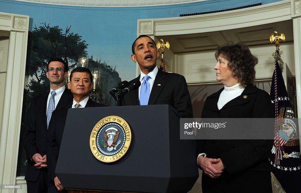 US President Barack Obama makes a statement on the SAVE program with Office of Management and Budget Director Peter R Orszag Secretary of Veterans...