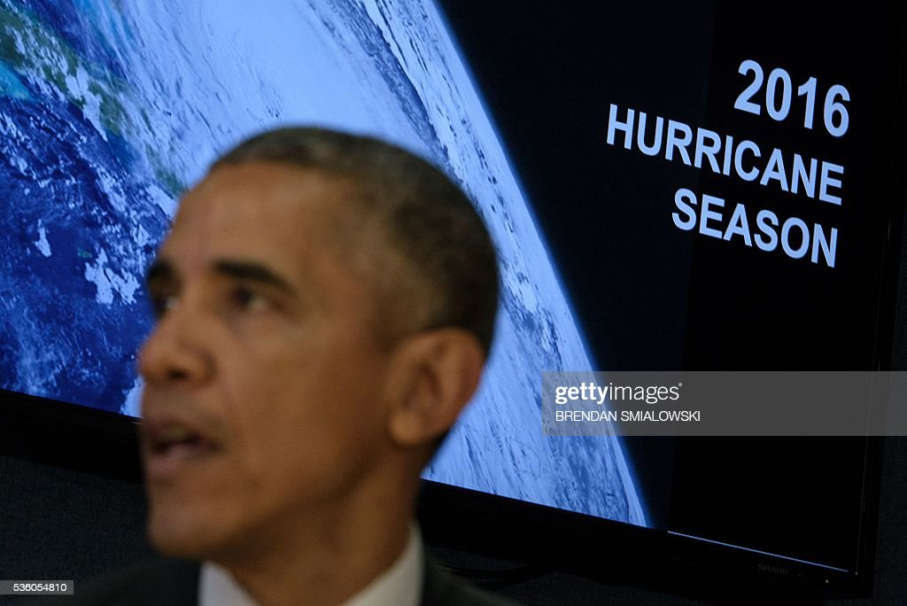 US President Barack Obama makes a statement to the press about the hurricane season at the Federal Emergency Management Agency (FEMA) on May 31, 2016 in Washington, DC. / AFP / Brendan Smialowski