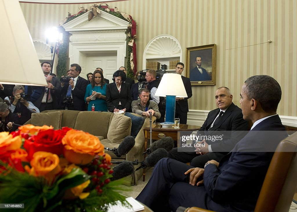 US President <a gi-track='captionPersonalityLinkClicked' href=/galleries/search?phrase=Barack+Obama&family=editorial&specificpeople=203260 ng-click='$event.stopPropagation()'>Barack Obama</a> meets with Bulgarian Prime Minister Boyko Borisov (2nd R) in the Oval Office of the White House in Washington, DC, on December 3, 2012. AFP PHOTO / Saul LOEB