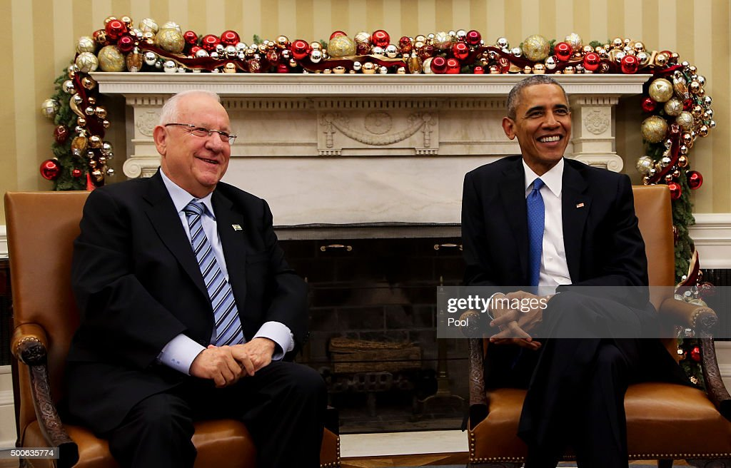 US President Barack Obama meets with Israeli President Reuven Rivlin during a bilateral meeting in the Oval Office of the White House on December 9, 2015 in Washington, DC.